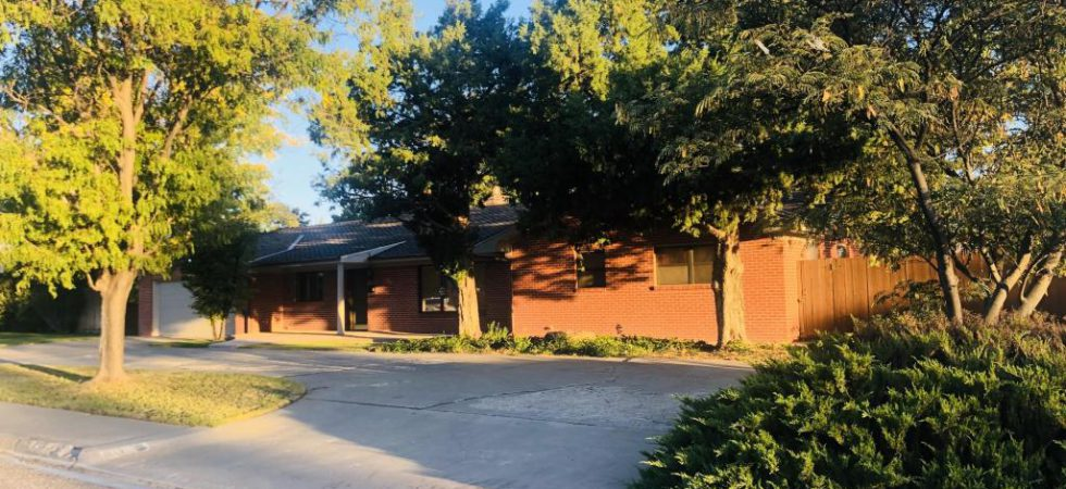 (ON CONTRACT) 1112 East Second Street, Dumas, TX 79029