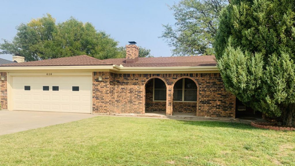 (ON CONTRACT) 626 Pear Ave, Dumas, TX 79029